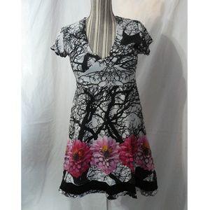 DESIGUAL Black & White w/ Floral print dress, L